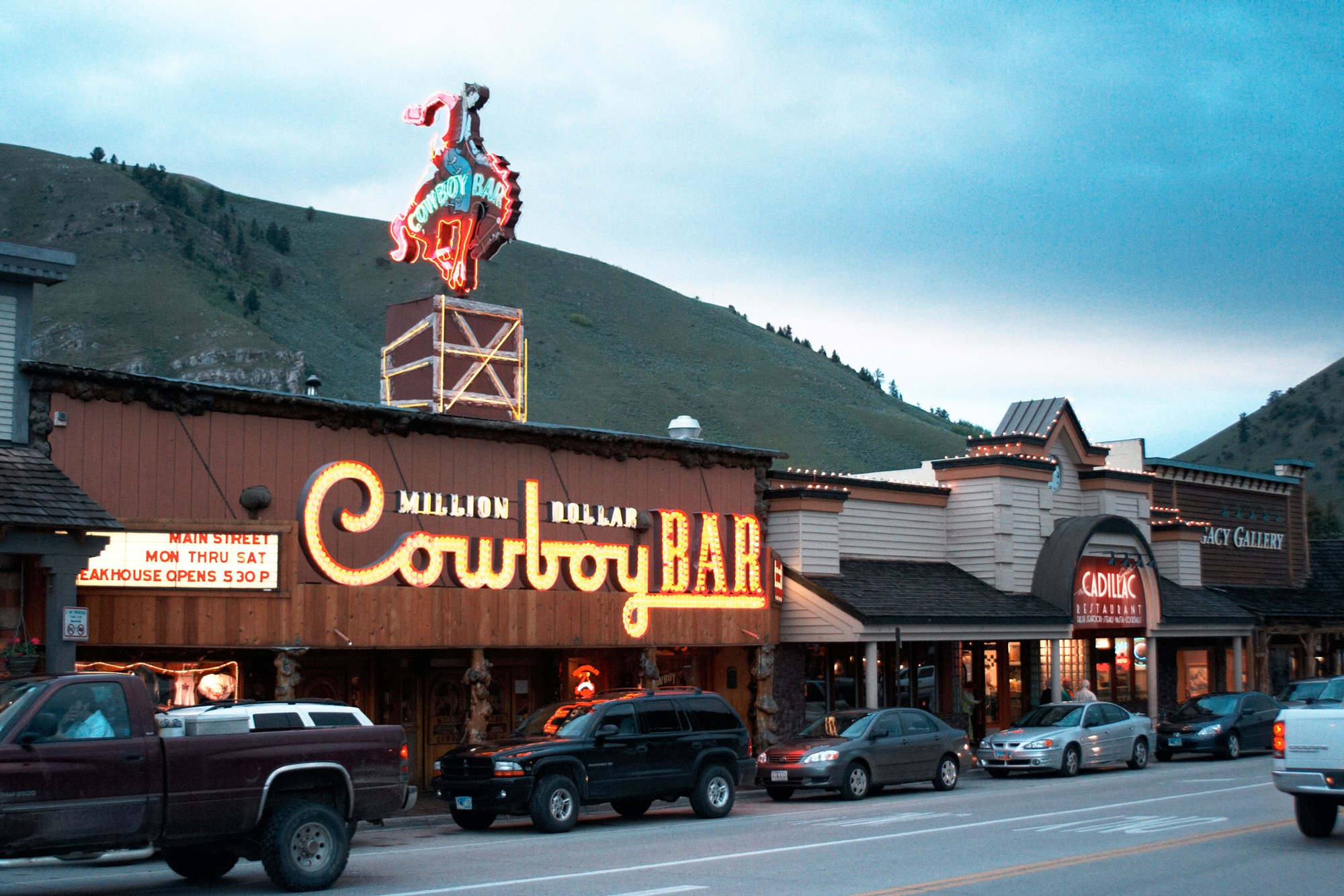 00-holding-best-restaurants-in-jackson-hole-wyoming