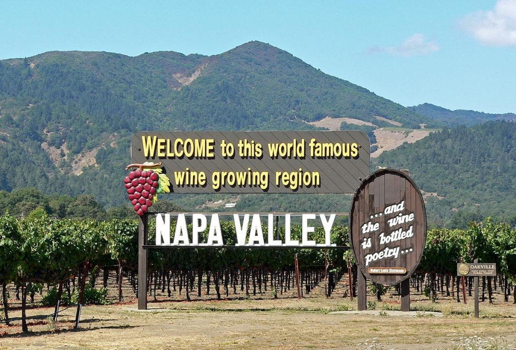 1200px-Napa_Valley_welcome_sign